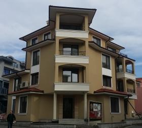 Сдание в кв.Аурелия Несебр